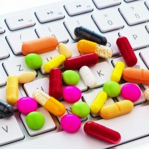 Online-pharmacy-01